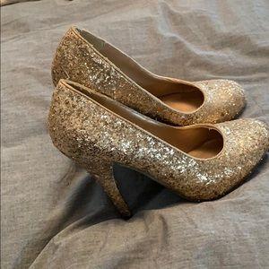 Gold candies heel
